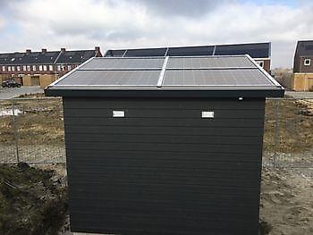 Bergingen met dak van zonnepanelen Houtbouw Lageman B.V. Zuidbroek