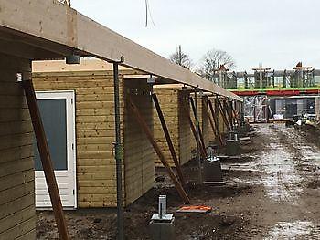 Opkomst van een prefab huis als oplossing van het woningprobleem Houtbouw Lageman B.V. Zuidbroek